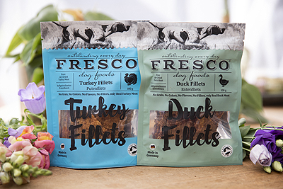fresco superfood dogs honden hond snack kauwsnack paard konijn cranberry's gedroogd snack kalkoen eend ervaring review recensie het wolfje shop
