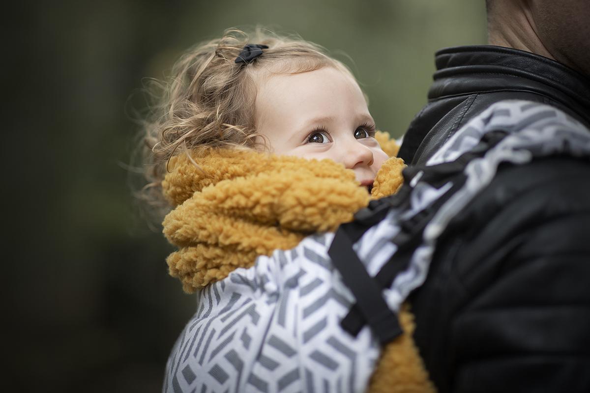 dragen draagdoek draagzak ringsling ervaring voordelen kleuter baby peuter dreumes