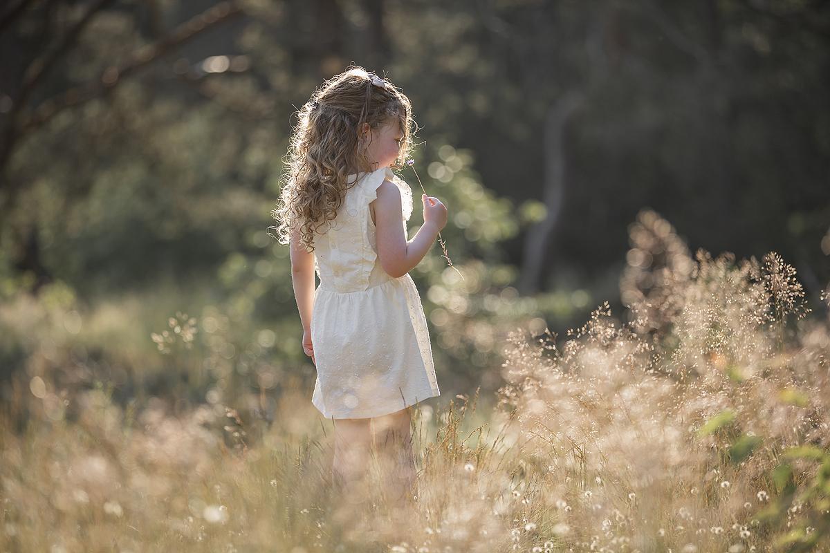 4 jaar vier jaar ontwikkeling update niveau taal taalontwikkeling kledingmaat meisje kind kleuter
